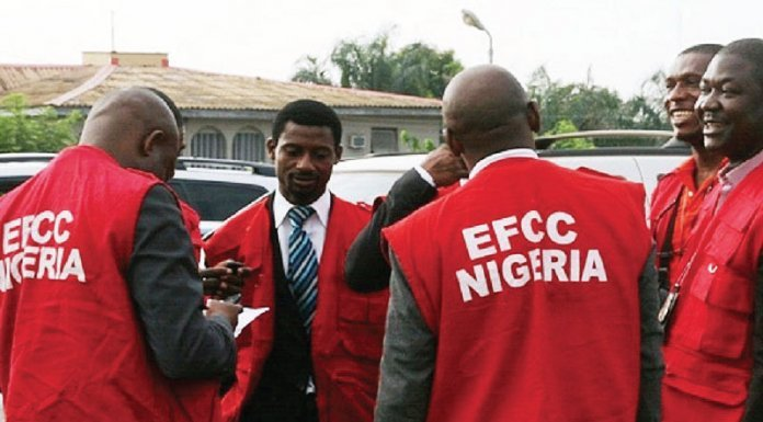 EFCC goes after Nigerian looters hiding in Ghana