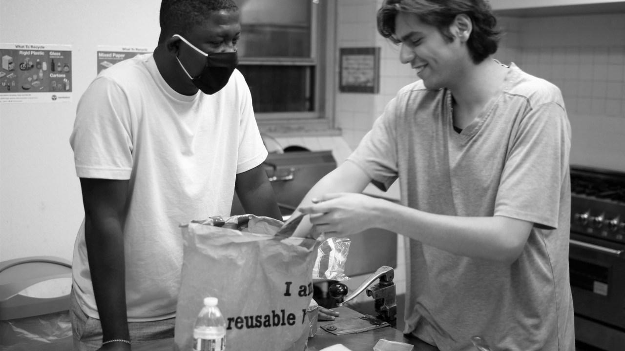 Nigerian refugee creates New York City's first full-time shelter for asylum-seekers   KTVE