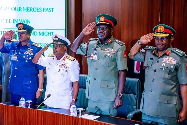 Breaking News | Senior lawyers fault Buhari on retention of Service Chiefs